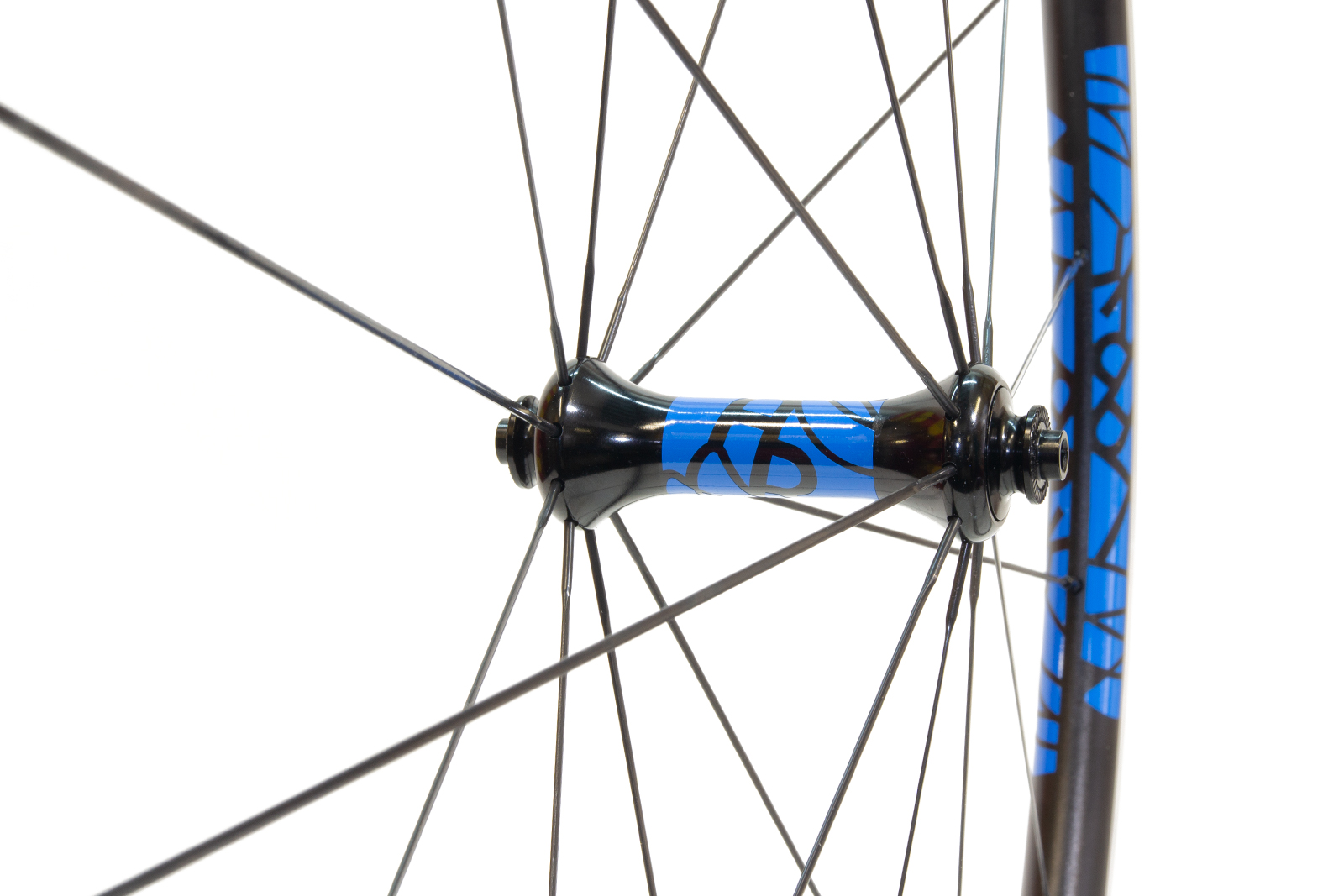 34dea83c5d6 Lark Light straight-pull front hub with mid-blue single colour decals