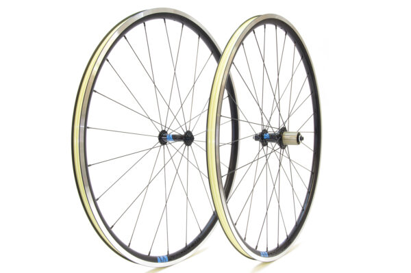 Lark strong wheelset – instock