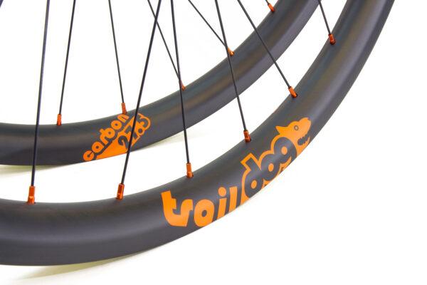 Traildog Enduro carbon 27.5″ wheelset – orange (ex display, unused)