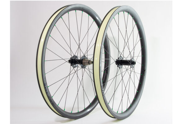 Traildog Enduro carbon 27.5″ wheelset – ex demo, well used